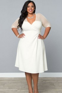 5-ways-to-wear-a-white-plus-size-dress-that-you-will-love-4.jpg